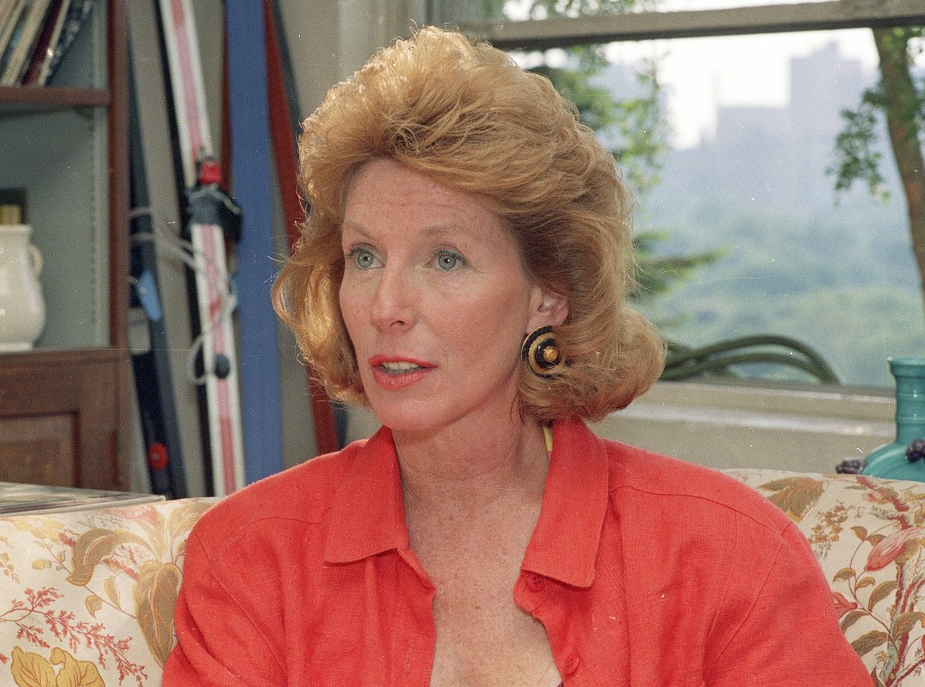 """FILE - This June 1988 photo shows author Gail Sheehy. Sheehy, the journalist, commentator and pop sociologist whose best-selling """"Passages"""" helped mil..."""