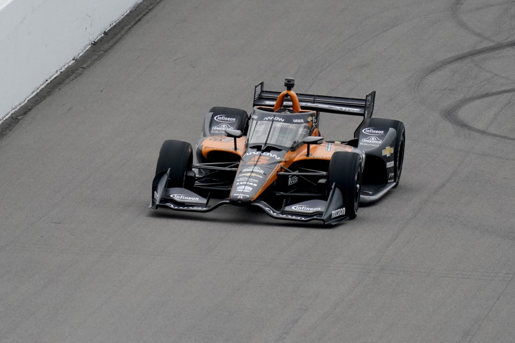 Pato O'Ward drives into turn 1 during the IndyCar auto race at World Wide Technology Raceway on Saturday, Aug. 29, 2020, in Madison, Ill. (AP Photo/Je...