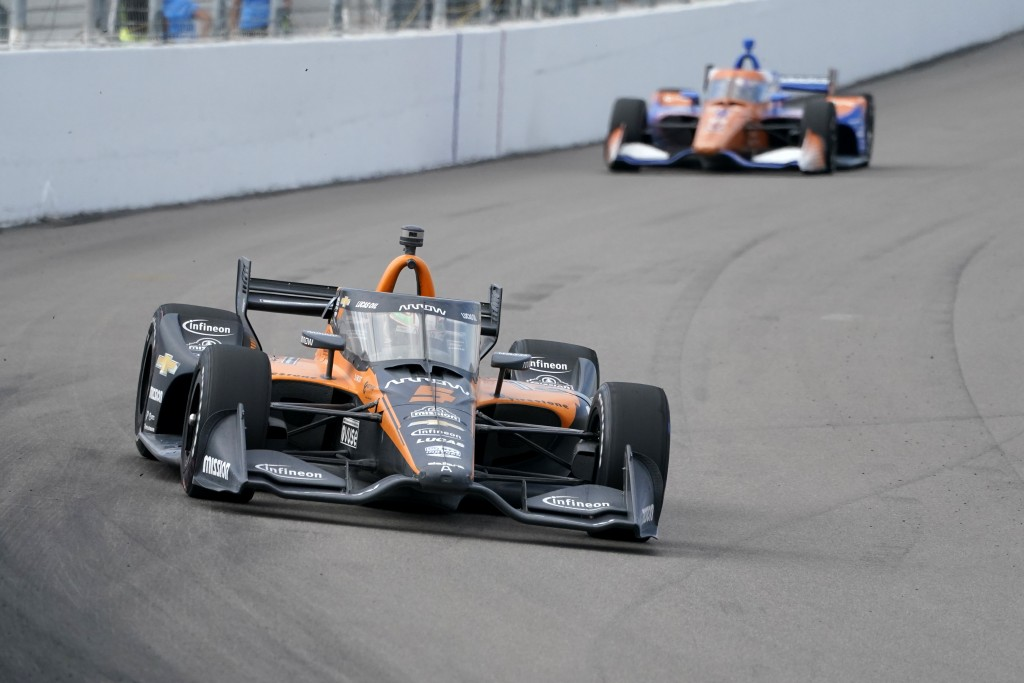 Pato O'Ward (5) leads Scott Dixon (9) during the IndyCar auto race at World Wide Technology Raceway on Sunday, Aug. 30, 2020, in Madison, Ill. (AP Pho...