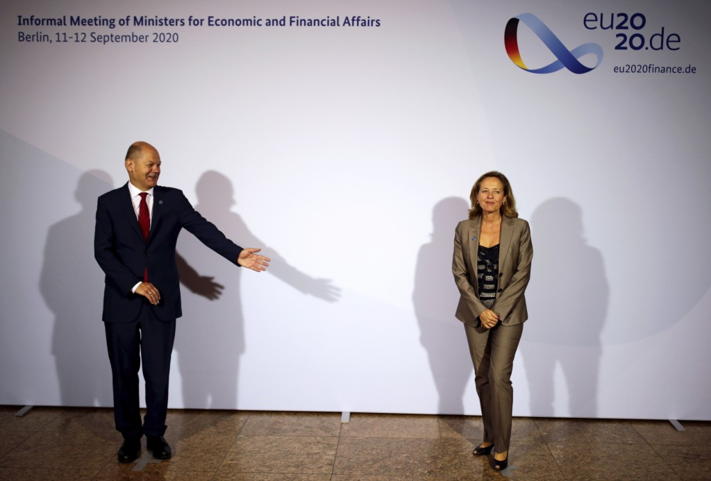 The Spanish Minister of Economic Affairs, Nadia Calvino, right, is welcomed by Federal Finance Minister Olaf Scholz, left, for the Informal Meeting of...