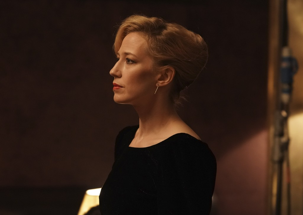 """This image released by IFC Films shows Carrie Coon in a scene from """"The Nest."""" (IFC Films via AP)"""