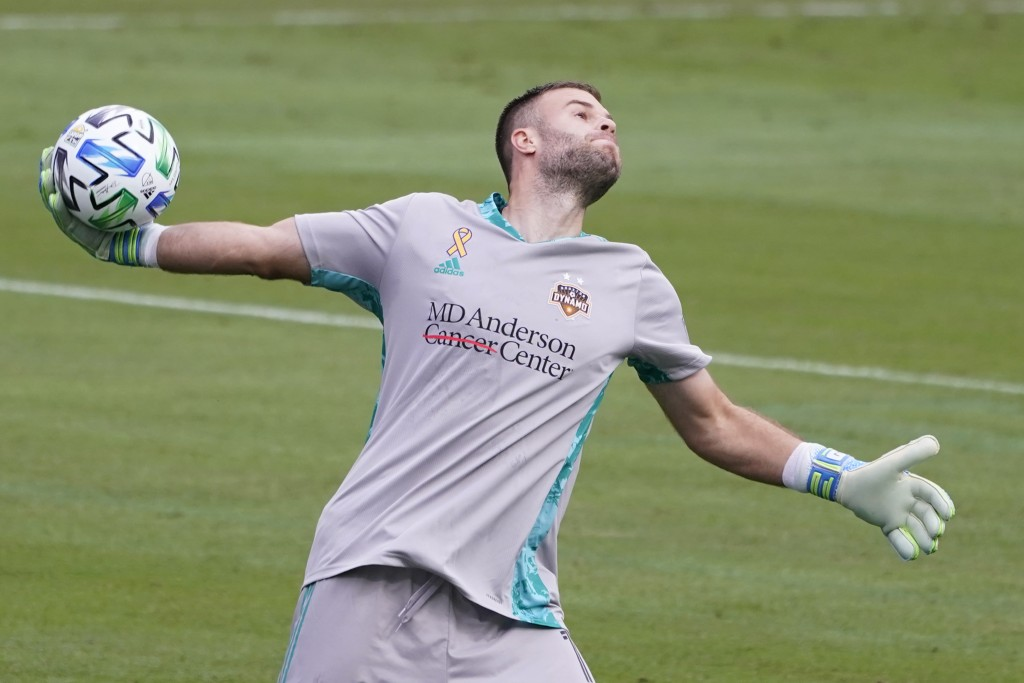 Houston Dynamo goalkeeper Marko Maric throws the ball in during the first half of an MLS soccer match against Nashville SC Saturday, Sept. 26, 2020, i...