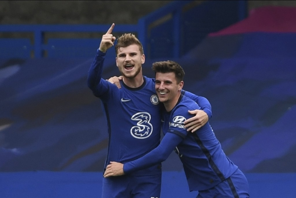 Chelsea's Timo Werner, left, celebrates after scoring his side's second goal during the English Premier League soccer match between Southampton and Ch...