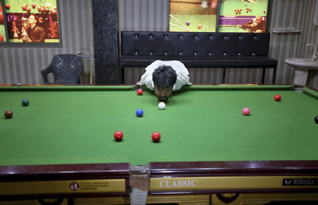 No Arms No Issue For Pakistan Snooker Player Mohammad Ikram Taiwan News 2020 10 26