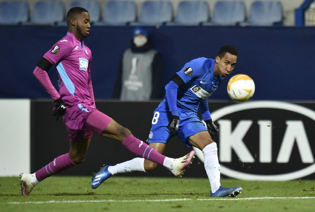 Hoffenheim's Melayro Bogarde, left, and Liberec's Jhon Mosquera compete for the ball during their Europa League Group L soccer match between Slovan Li...