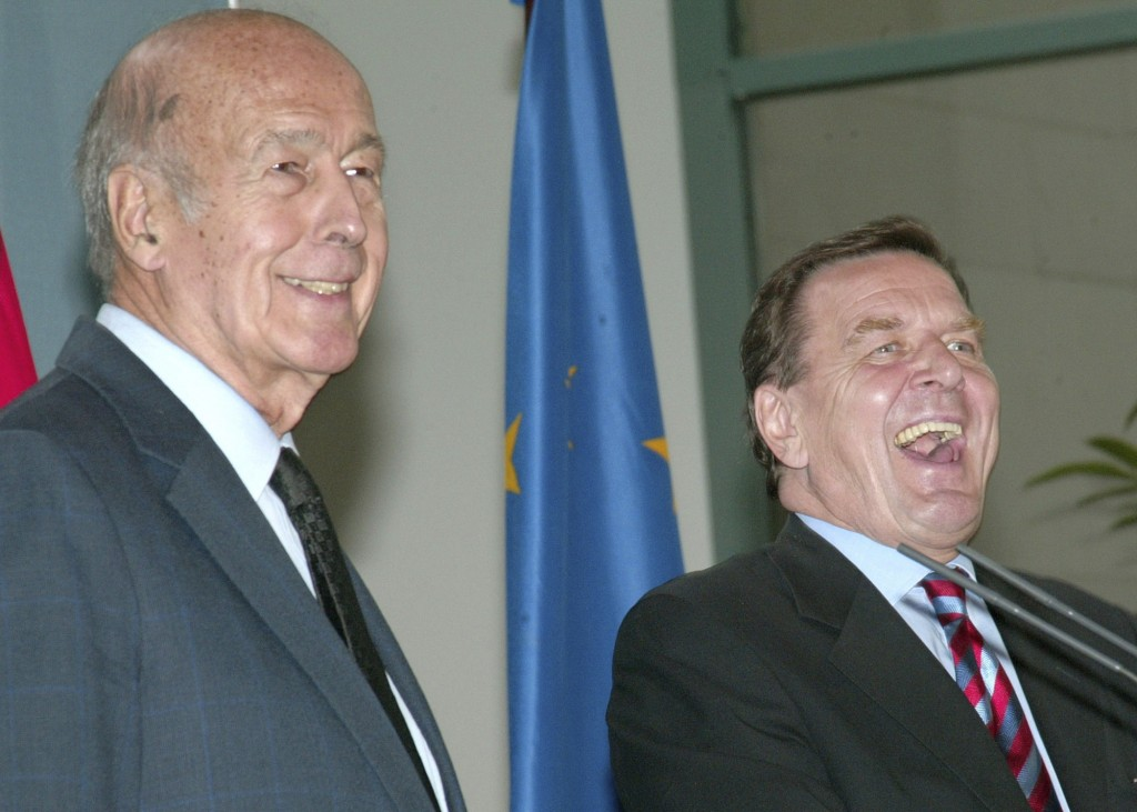 FILE - In this Sept.9, 2003 file photo, German Chancellor Gerhard Schroeder, right, and then French President of the European Convention, Valery Gisca...