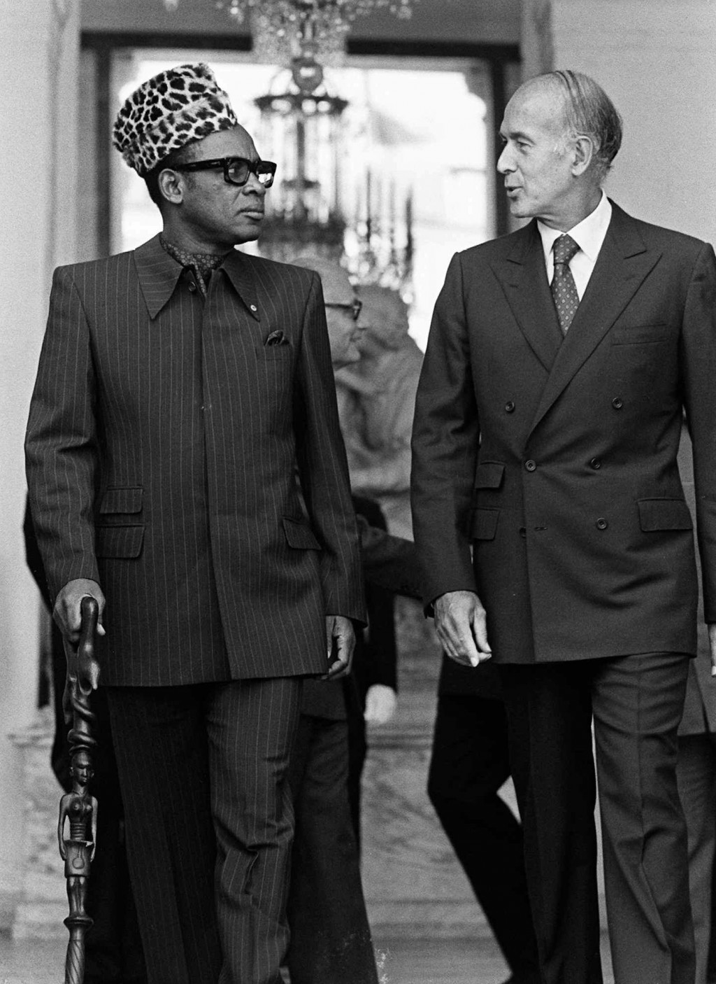 In this Sept.6, 1979 file photo, Zaire's President Mobutu Sese Seko, left, walks with French President Valery Giscard d'Estaing after a meeting at the...