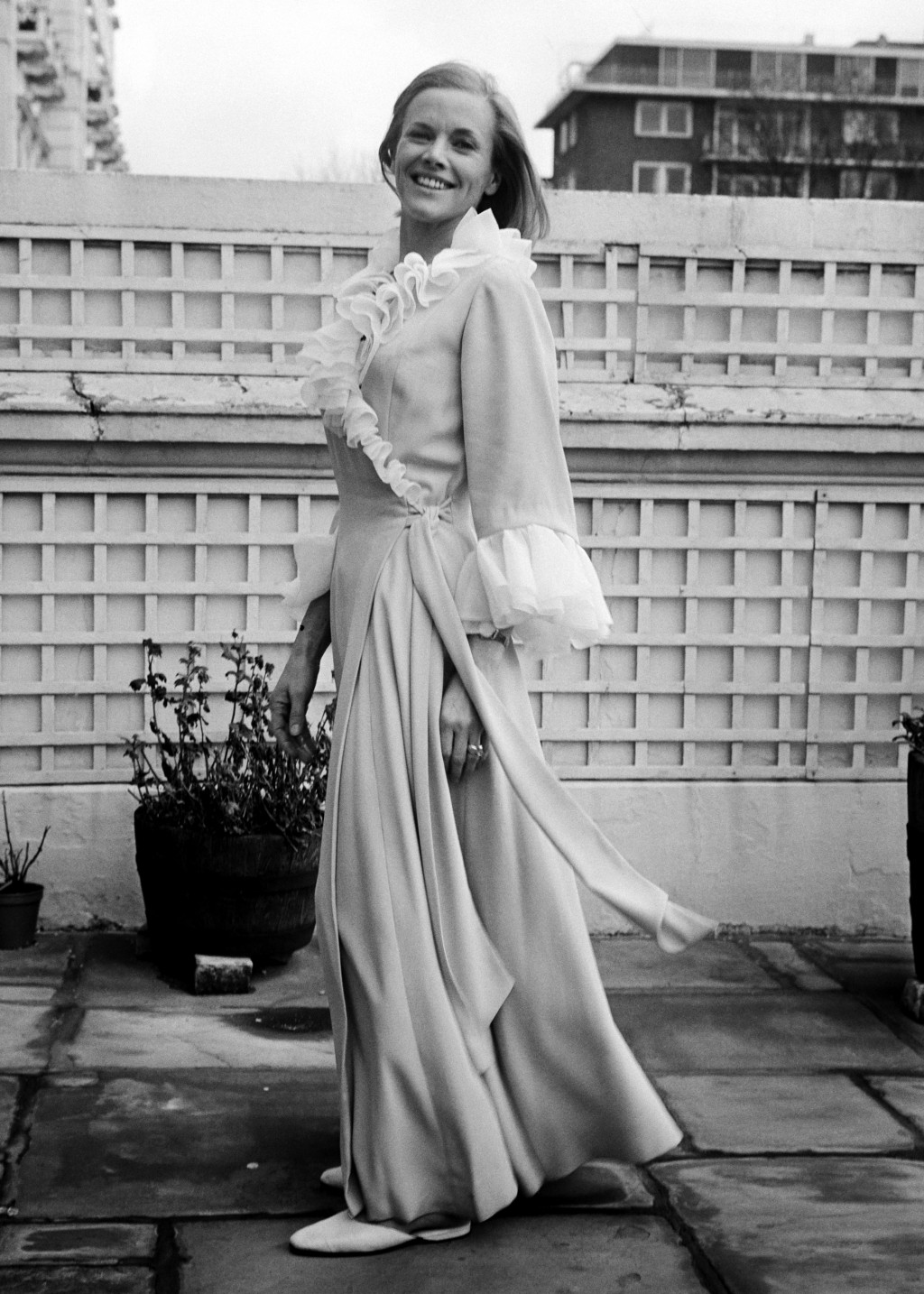 FILE - In this Jan. 28, 1969, file photo, English actress Honor Blackman poses for photographers during a break from the filming in London. Blackman, ...