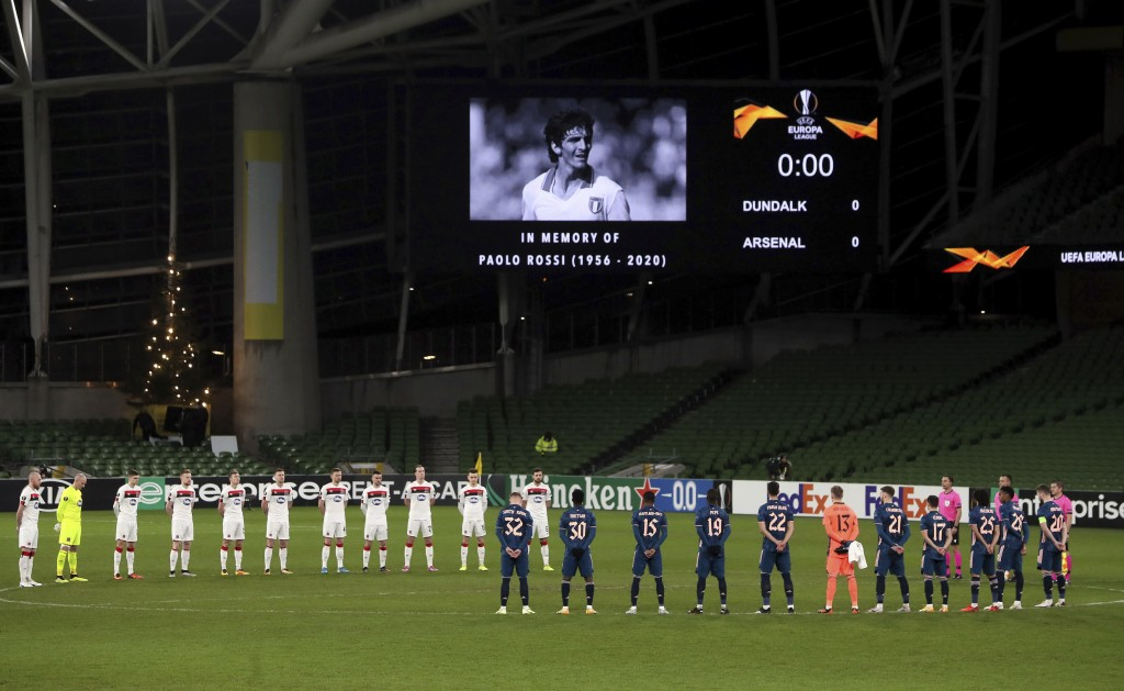 Dundalk and Arsenal observe a silence in memory of Paolo Rossi prior to the UEFA Europa League Group B soccer match at The Aviva Stadium, Dublin, Irel...