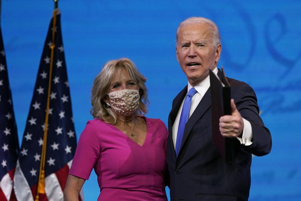 美國總統當選人拜登與其妻吉爾(照片來源:美聯社提供)