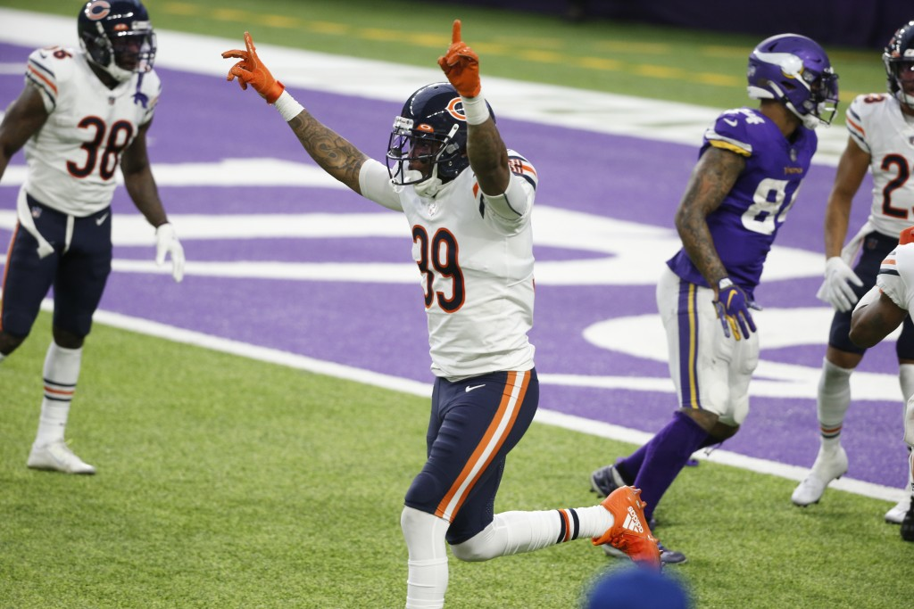 Chicago Bears safety Eddie Jackson (39) celebrates at the end of an NFL football game against the Minnesota Vikings, Sunday, Dec. 20, 2020, in Minneap...