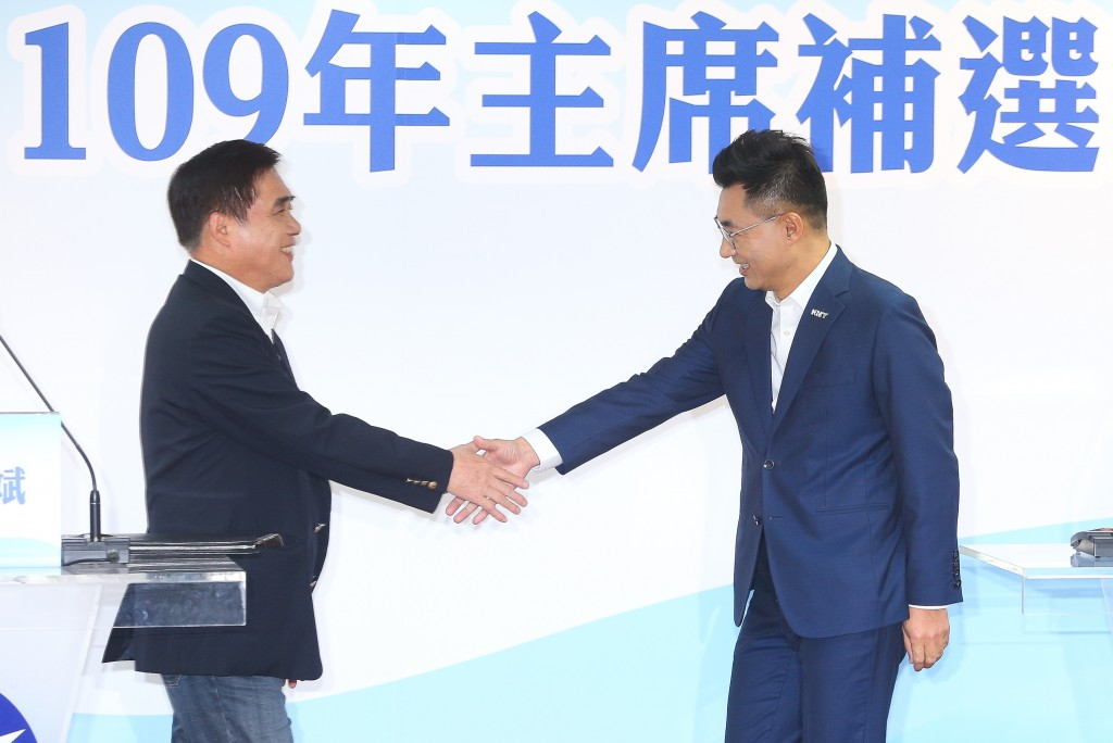 Lung-pin (left) and Johnny Chiang