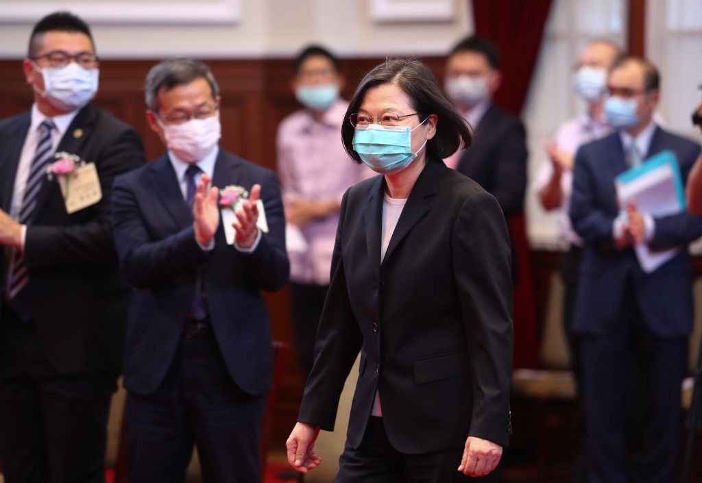 中美相爭 台灣總統蔡英文準備好了嗎?