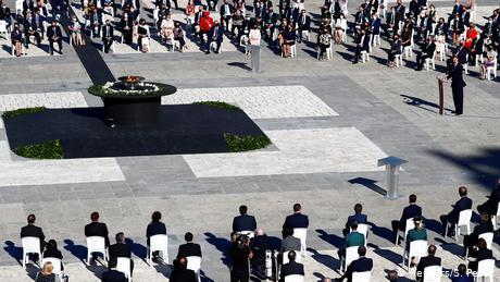 Spain honors coronavirus victims in memorial ceremony