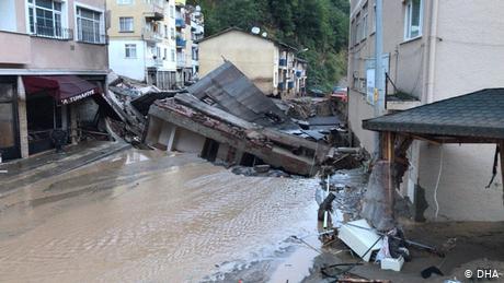 Turkey's Black Sea coast pummeled by flash floods