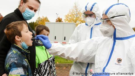 Does coronavirus mass testing make sense?