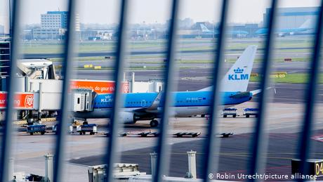 Schiphol Airport in Amsterdam, among others, will not be receiving passengers from the UK for the rest of the year