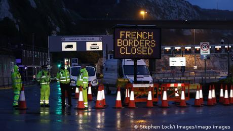 """A sign at England's port of Dover saying """"French borders closed"""""""