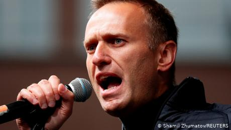 Alexei Navalny dupes FSB agent into admitting role in poisoning
