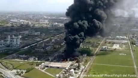 Europe: blasts at two chemical plants