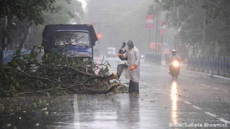 Deadly cyclone Amphan leaves trail of destruction in India, Bangladesh