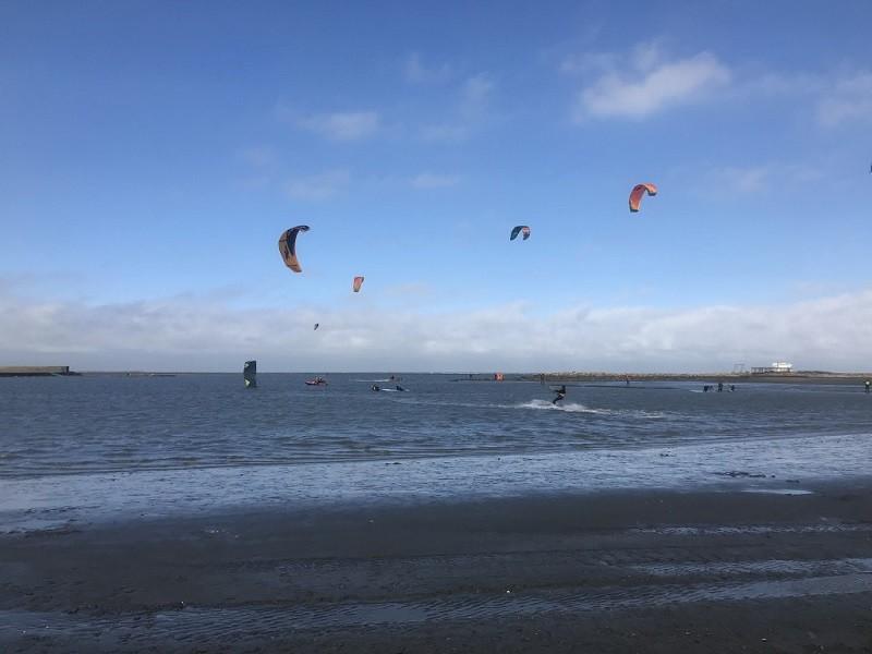 此為示意照 (圖為雲林三條崙國際風箏衝浪新景點)。