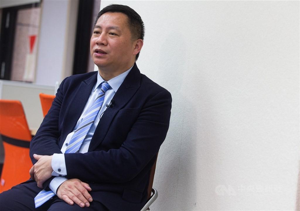 王丹確診新冠肺炎 稱不會被「中共病毒」打倒