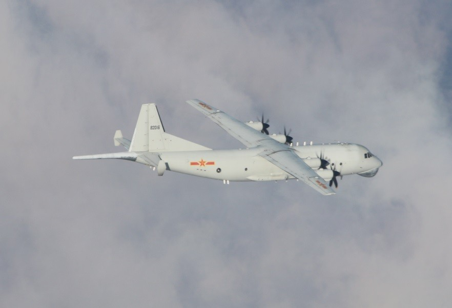 Chinese Y-8 on Jan. 3 (MND photo)