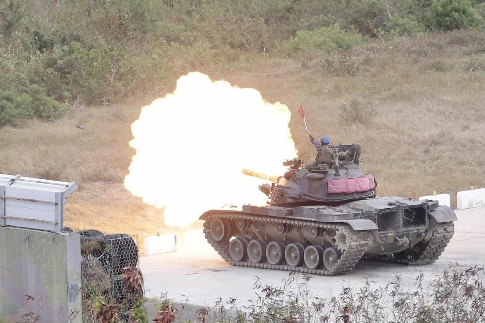 CM-11 tank engaging in live fire target practice. (Military News Agency photo)