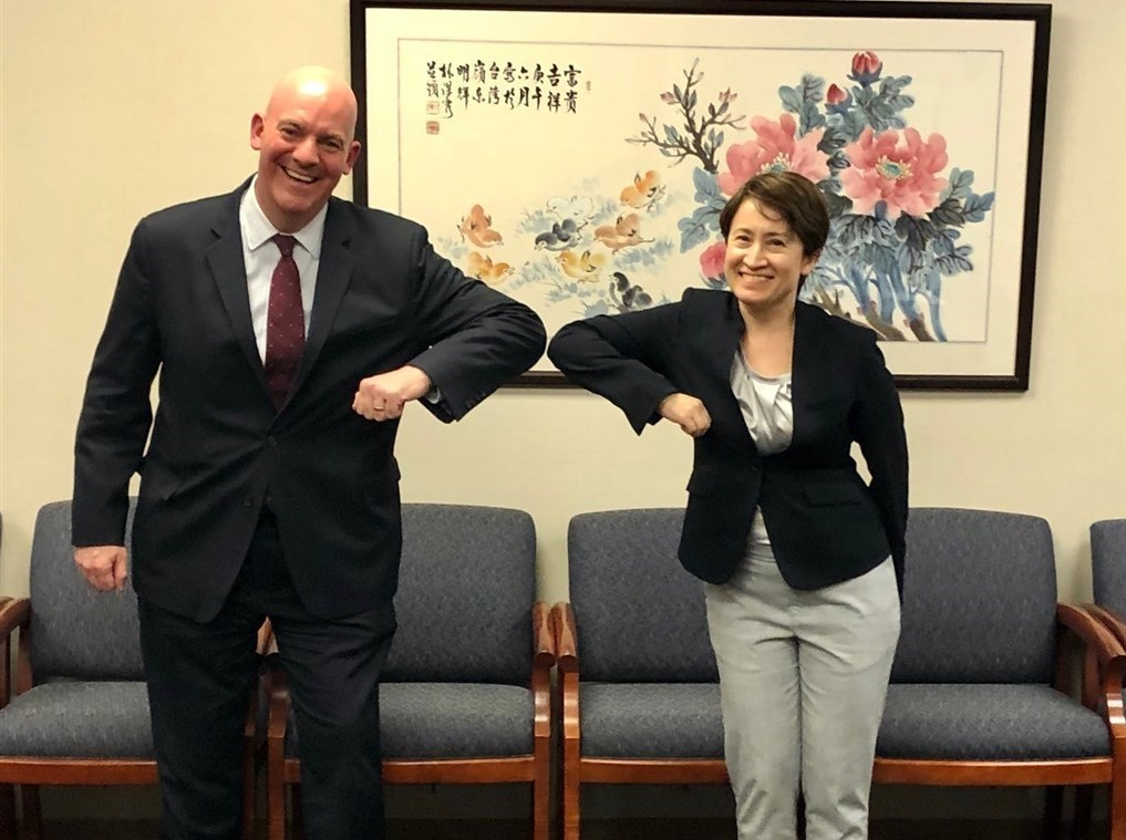 Assistant Secretary of State Clarke Cooper (left) and Taiwan's U.S. envoy Hsiao Bi-khim. (Twitter, AsstSecPM photo)