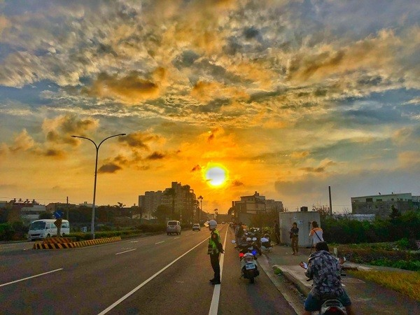 A Manhattanhenge view on Taichung's Jingguo Road (Taichung City Government photo)
