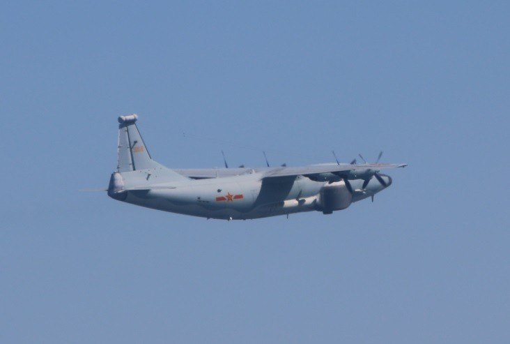 Chinese Y-8 EW on Jan. 19 (MND photo)