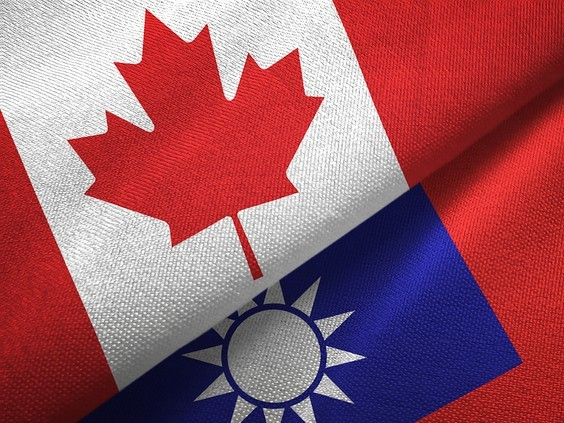 Taiwanese and Canadian flags. (Getty Images photo)