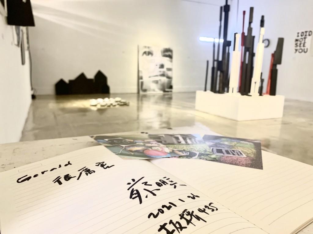 法籍藝術家創作繆思驚喜現身  蔡明亮導演特訪435觀展