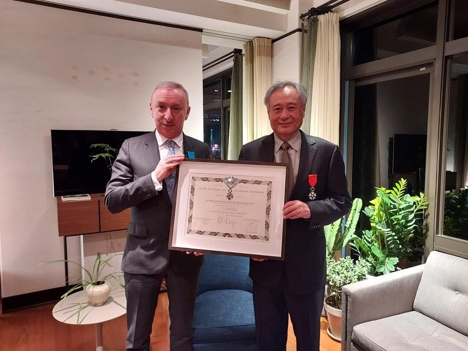 Jean-Francois Casabonne-Masonnave andAng Lee (Bureau Français de Taipei photo)