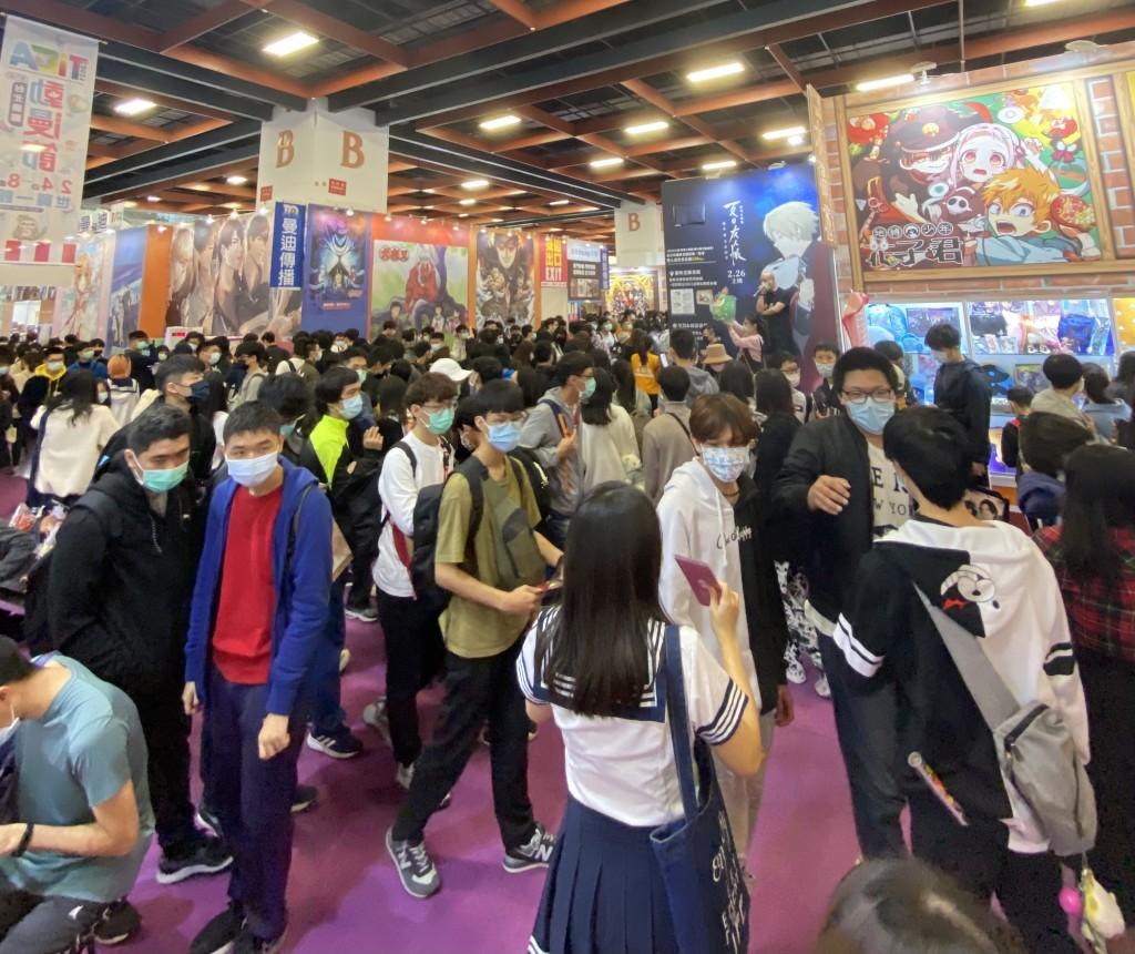 台北國際動漫節熱鬧登場,疫情不減民眾參觀熱情。(圖/台灣英文新聞)