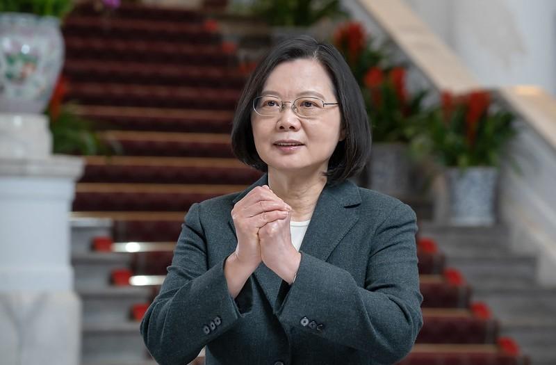 總統蔡英文在小年夜(10)錄製影片向台灣民眾拜年(總統府提供)