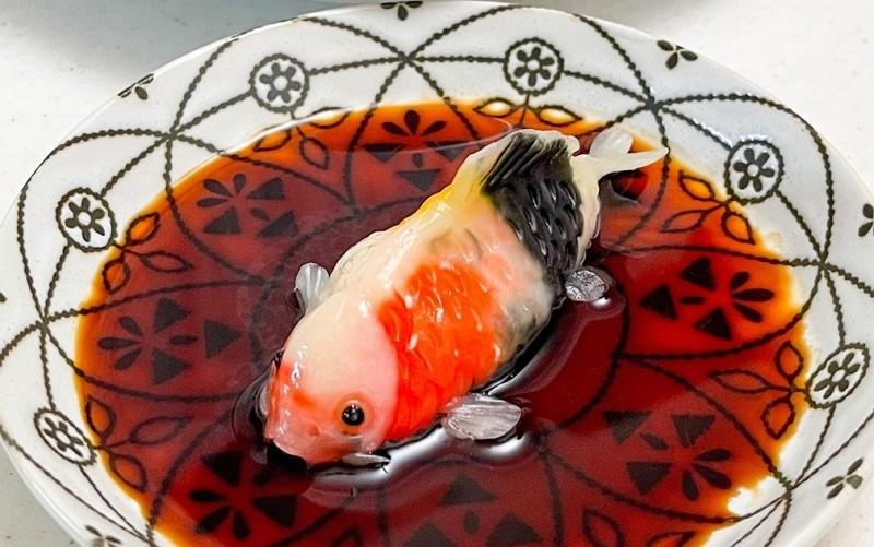 Fish dumpling by Taiwanese art teacher