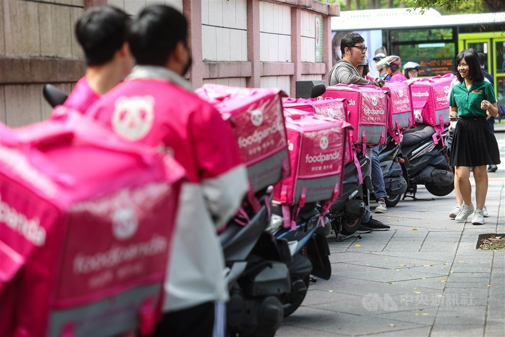 The use of food delivery services surged in 2020, especially outside of Taipei and New Taipei