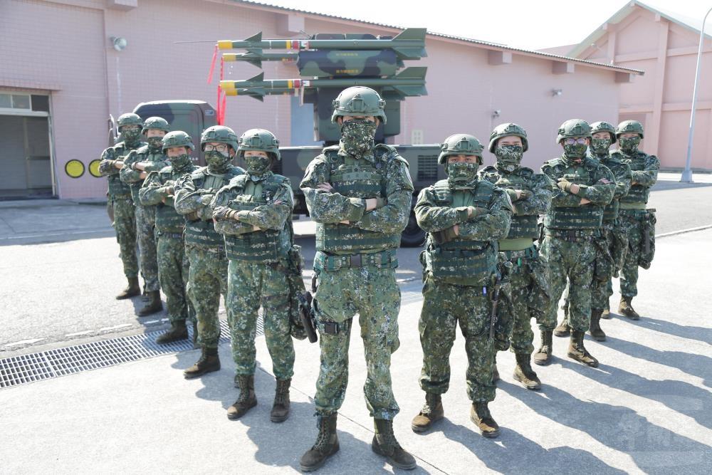 【更新】中共軍機春節頻頻騷擾台灣 蔡總統: 國防沒有假期•隨時備戰