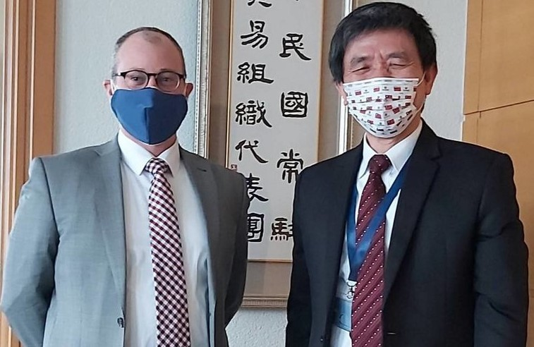 U.S. Charged'affaires ad interim to the WTO David Bisbee (left), Taiwan's Permanent Representative to the WTOLuo Chang-fa. (Twit...
