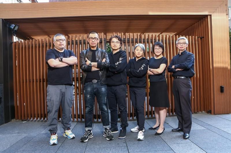 NMEA理事長蔡嘉駿(左二)表示,希望產業控股將是台灣內容產業困境的有效解方。(NMEA提供)
