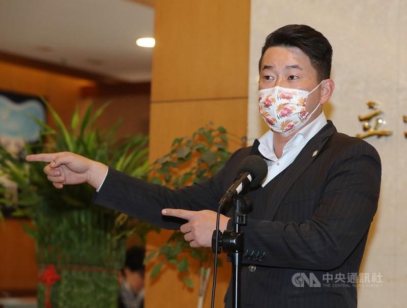 「刪Q總部」發起罷免台灣基進立委陳柏惟(圖) ,中選會3月5日表示,經查對提議人名冊後,一階段連署已達法定人數。(中央社檔案照片)