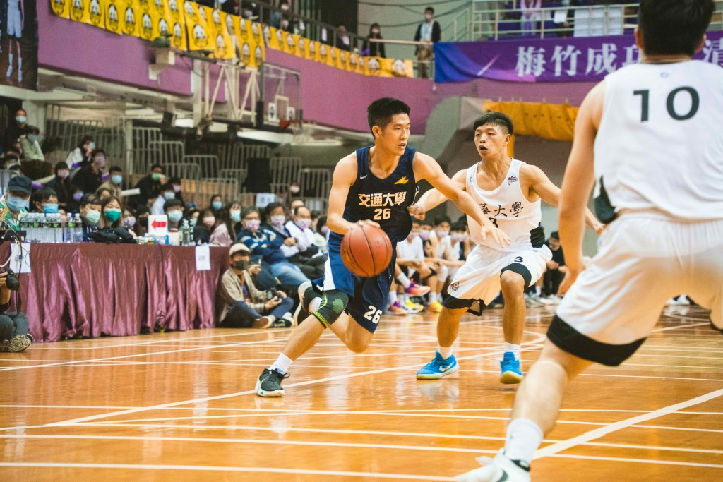 Basketball game at Taiwan's Mei-Chu Tournament (Taiwan News, Venice Tang photo)