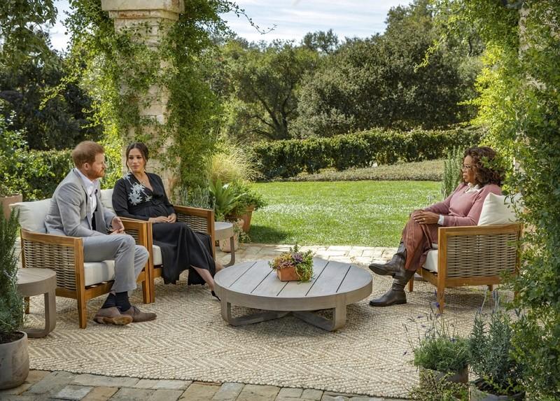 哈利王子與妻梅根接受歐普拉專訪(圖/美聯社)