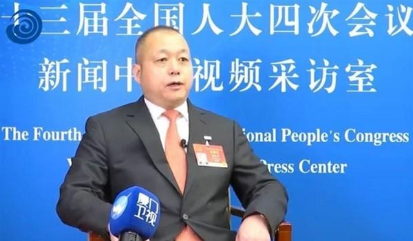 """Taiwan Deputy"" Cai Peihu at China's National People's Congress (Weibo screenshot)"