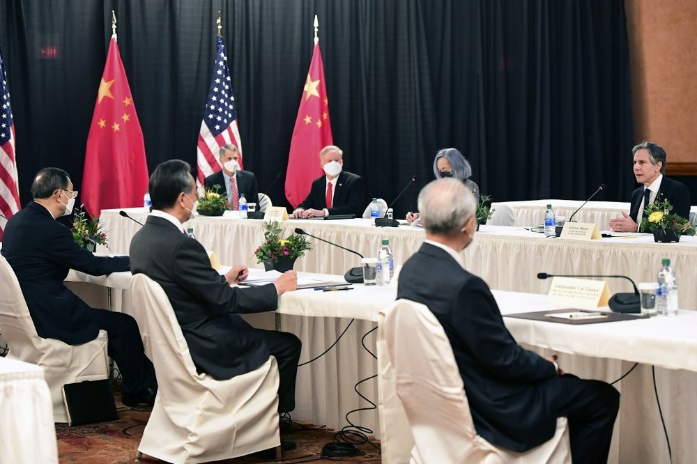 The US and China delegations embarking on two days of talks
