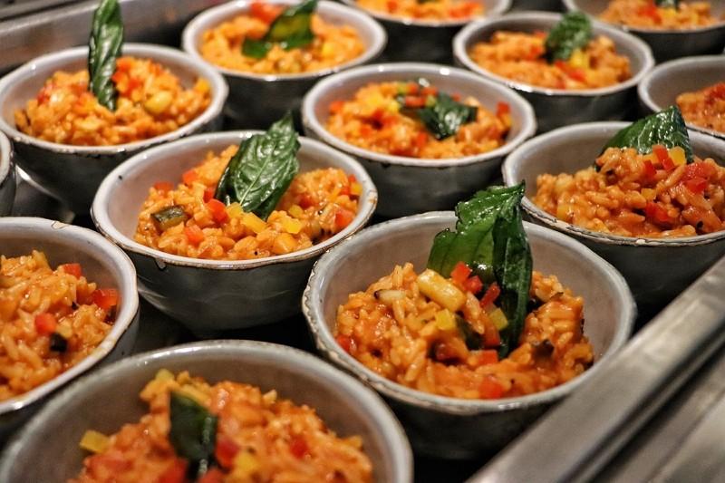 板橋凱撒朋派自助餐 即日起至4/30止平日半自助式餐點390元起