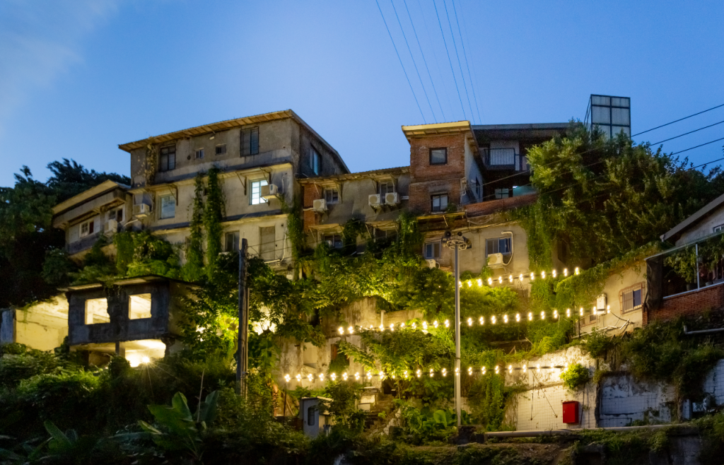 The 2021 Treasure Hill Light Festival is taking place at the Treasure Hill Artist Village through May9. (Treasure Hill Light Festival photo)