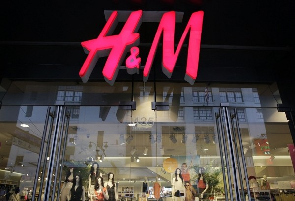 China says H&M changed online map after criticism